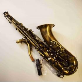 Saxophone : Tenor Bronze...